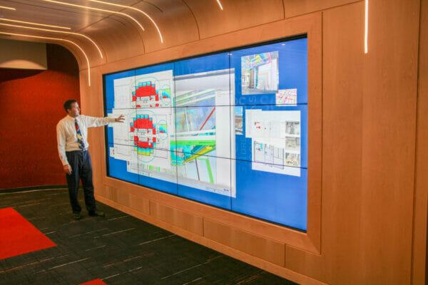 miron-construction-interactive-wall-digital-signage